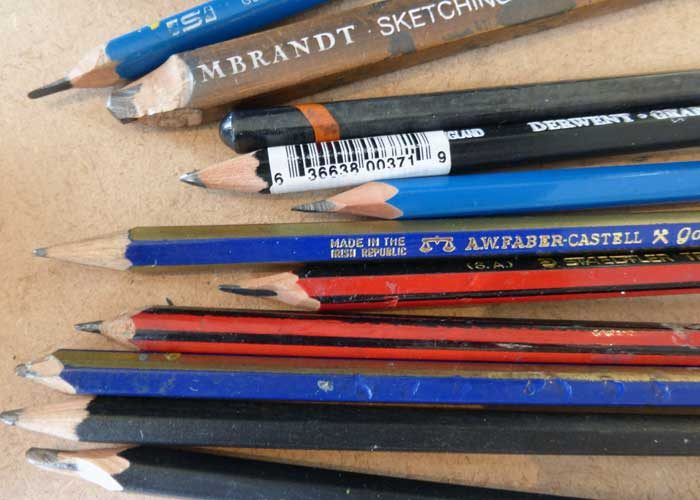 Begin to draw and paint - learning about different pencils from 9B to H